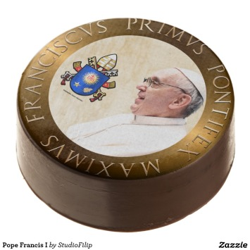pope_francis_i_chocolate_covered_oreo-rbaa50515244f431683337dd9bf45bdc1_zipmn_1024