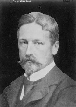 Henry_Woodd_Nevinson_(1856-1941)_circa_1915