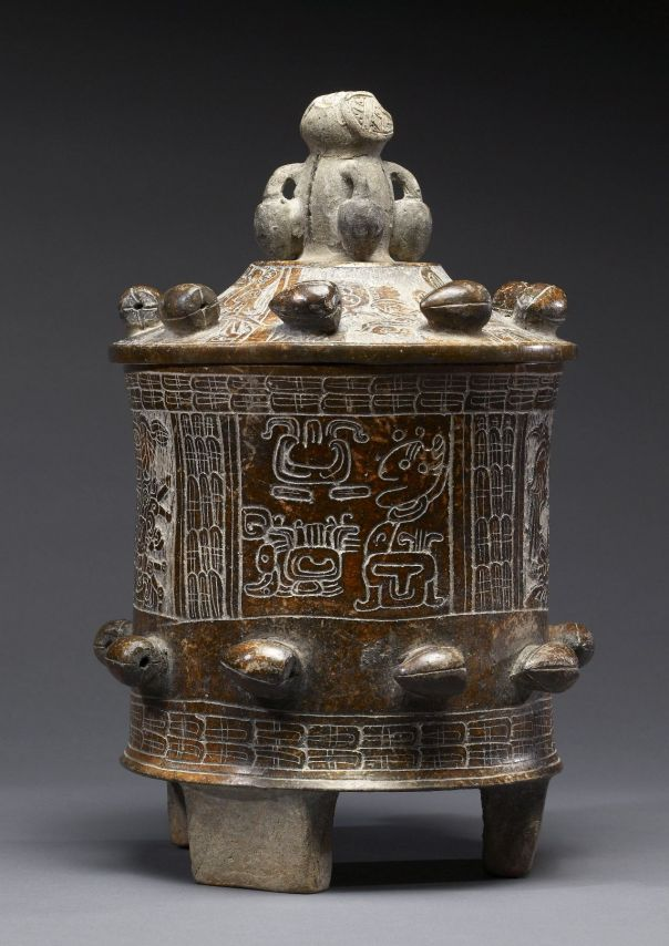 mayan_-_lidded_vessel_-_walters_20092039_-_side_a