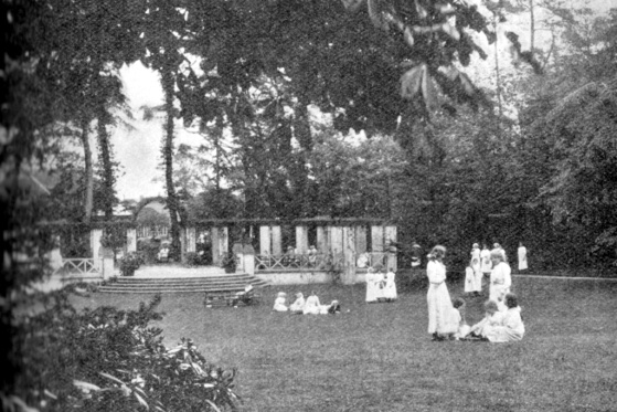 Girl's Recreation Ground.  Bournville.  Photo.